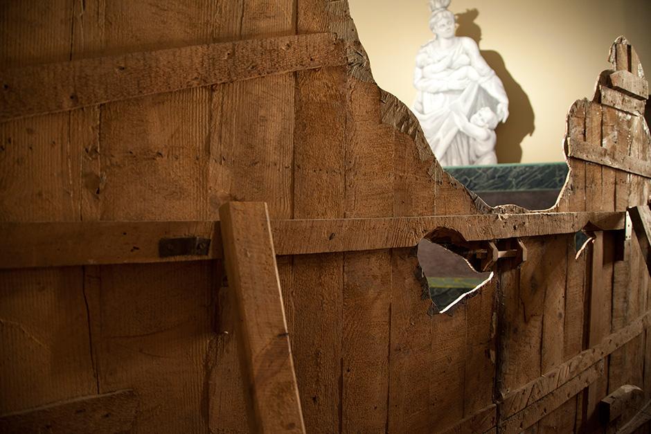 Allestimento della mostra al Palazzo Ducale di Genova