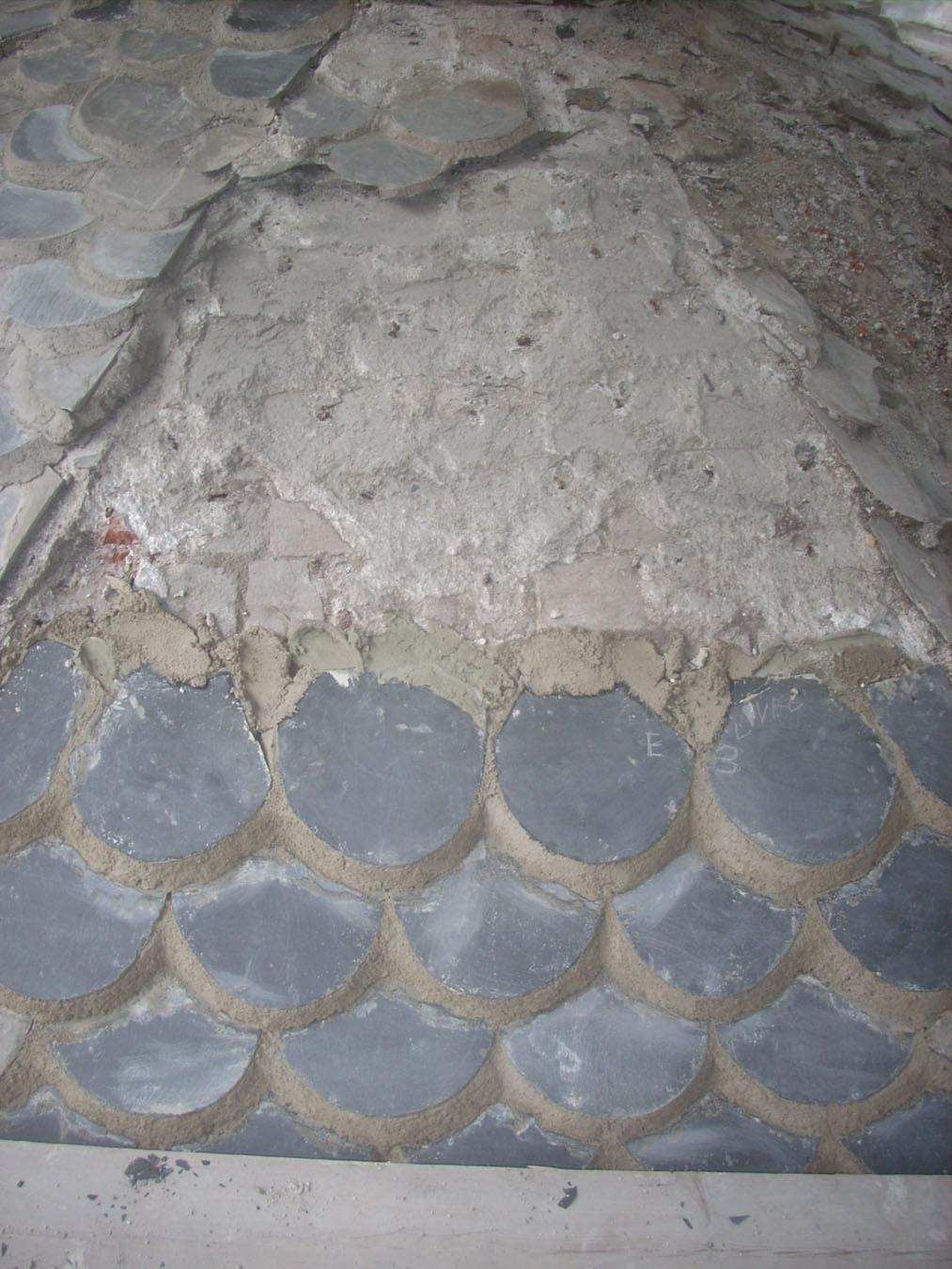 Fasi di rifacimento della copertura tramite restauro/sostituzione degli abbadini