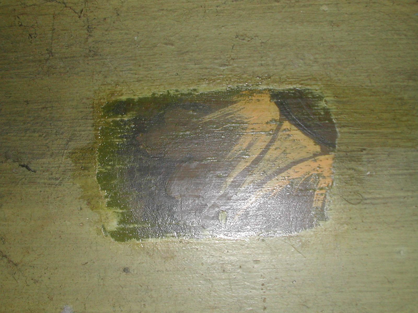 Rinvenimento di decorazioni sotto lo strato di pittura superficiale