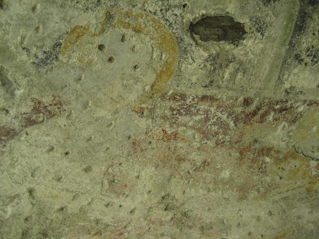 Particolare della volta absidale, dove si nota l'ampia stuccatura cementizia