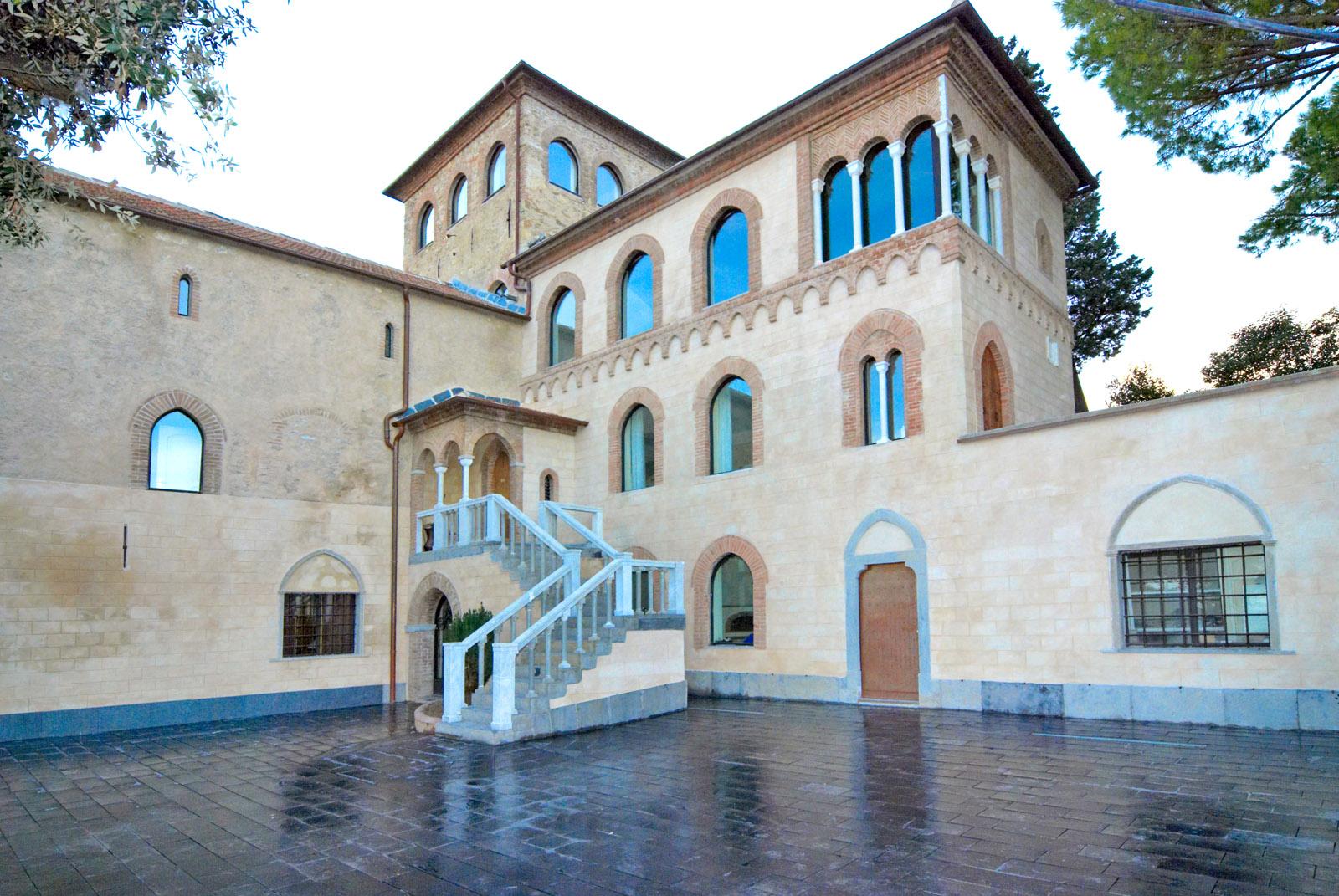 L'ex Abbazia di San Martino dopo l'opera di restauro di Formento Restauri, ditta edile di Finale Ligure, Savona.