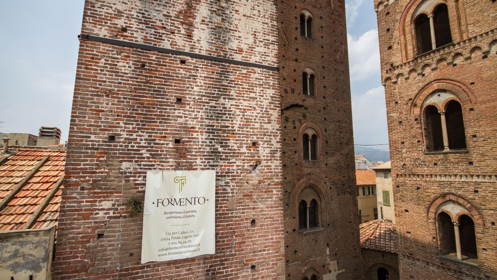 Le maestranze Formento Restauri sono specializzate in restauri in quota, su fune, senza l'utilizzo di ponteggi.