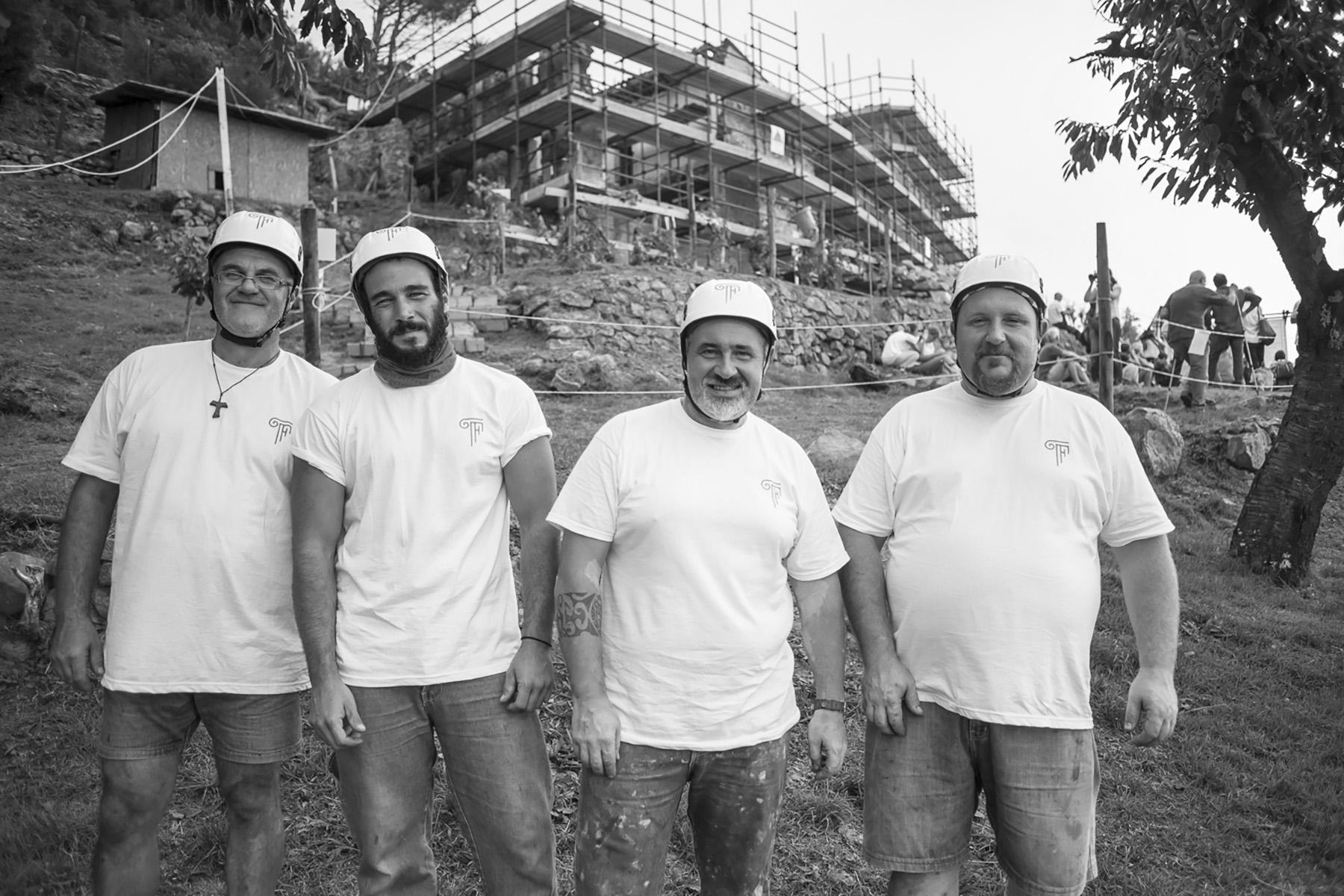 Formento Restauri, ditta edile di Finale Ligure, ha maestranze competenti e preparate e garantisce interventi di restauro in piena sicurezza per i suoi operai e per gli edifici su cui si interviene.
