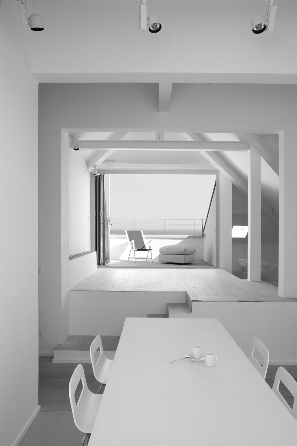 Formento Restauri è un'azienda edile di Finale Ligure, Savona, che si occupa di ristrutturazioni dal 1959.